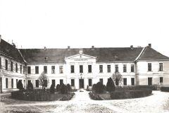 5-Palac-przed-1914-r.