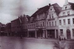 kamieniczki-w-rynku-1956