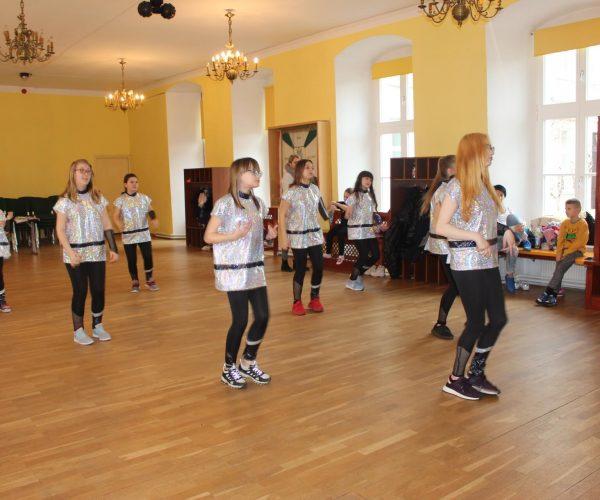Formacja-tanca nowoczesnego-trzebiatow (1)