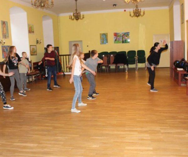 Formacja-tanca nowoczesnego-trzebiatow (12)
