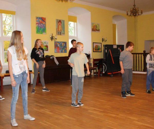 Formacja-tanca nowoczesnego-trzebiatow (13)