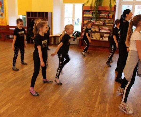 Formacja-tanca nowoczesnego-trzebiatow (19)