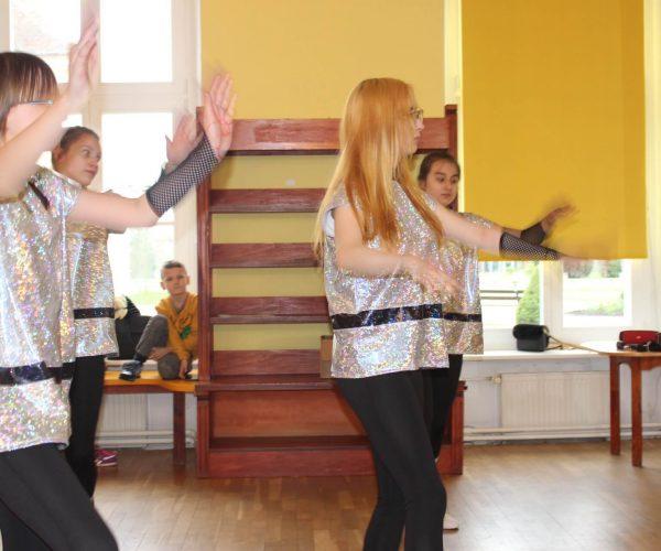 Formacja-tanca nowoczesnego-trzebiatow (8)
