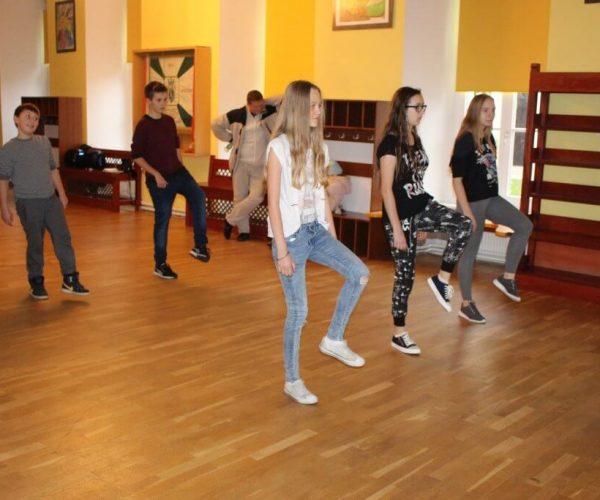 Formacja-tanca nowoczesnego-trzebiatow (9)